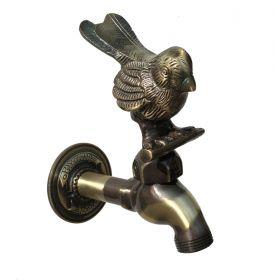 Garden Tap Doormouse (not Robin)