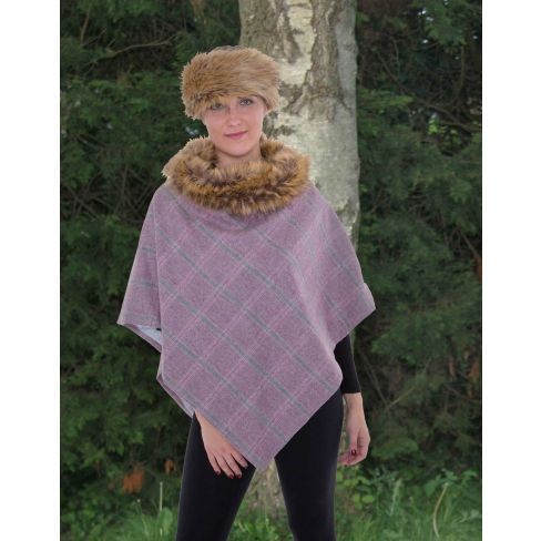 Serina Tweed Cape with Faux Fur Collar - Light Pink