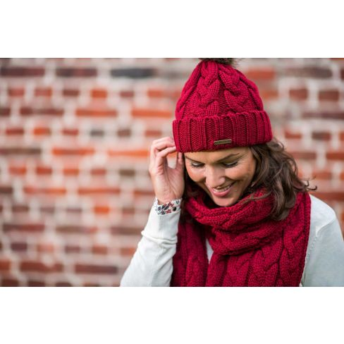 Katrien Knitted Beanie with Faux Fur Pompom - Wine