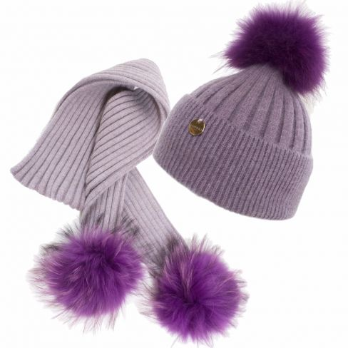 Luxurious Pompom Hat and Scarf Set
